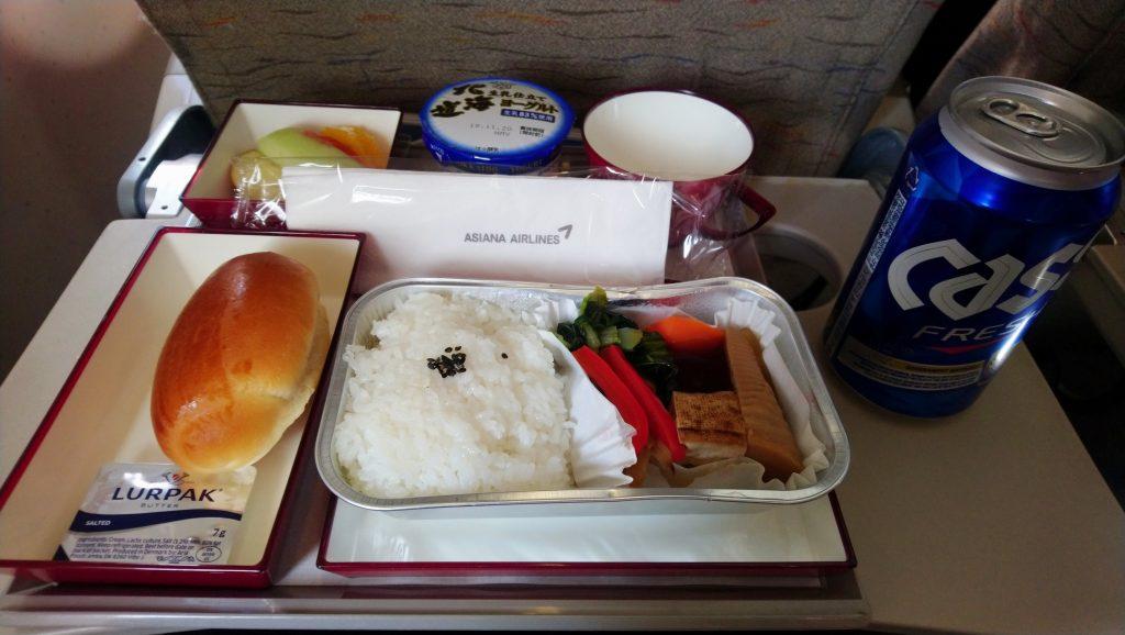 【機内食】アシアナ航空(OZ) OZ1055 東京(羽田)→ソウル(金浦) エコノミークラス